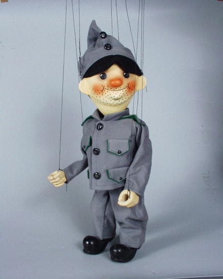 Soldat Chveik marionette