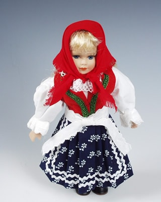 Valaska , czech doll
